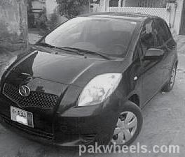 Toyota Vitz - 2009