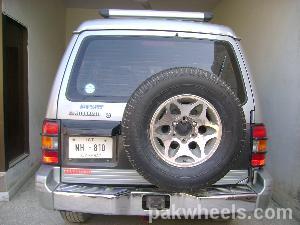 Mitsubishi Pajero - 1993
