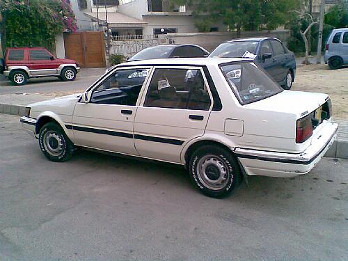 Toyota Corolla - 1987 EE-80 Image-1