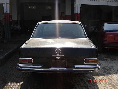 Mercedes Benz S Class - 1968 280s 22d engine Image-1