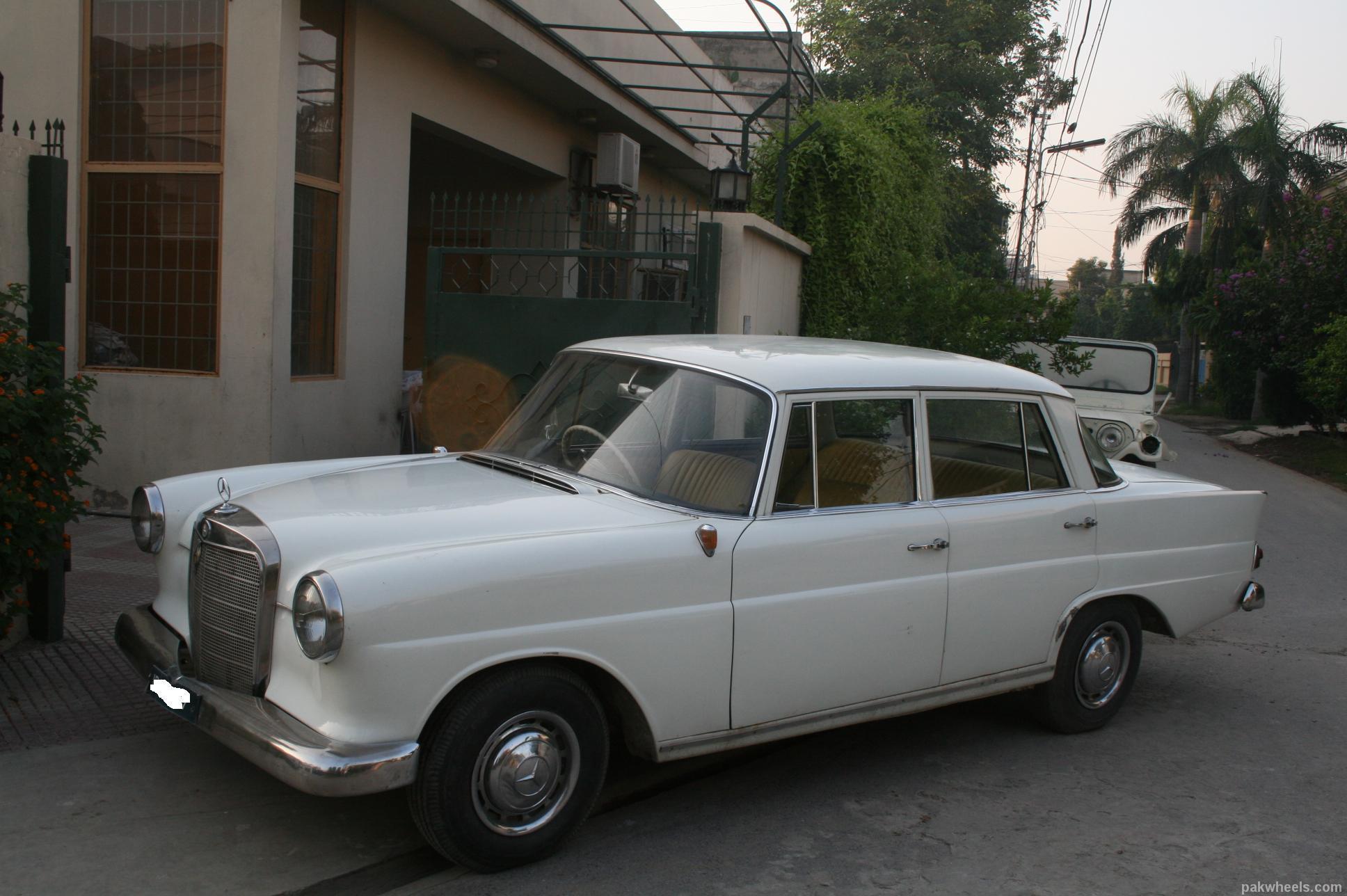 Mercedes Benz S Class - 1960 merc Image-1