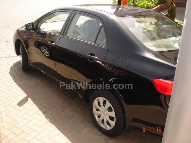 Toyota Corolla 2010 Image-3