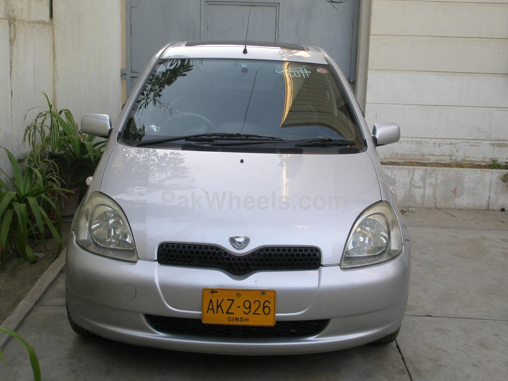 Toyota Vitz - 2000 Vitz Image-1