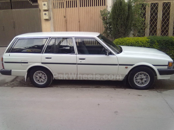 toyota cressida 1986 of baber4 member ride 14067 pakwheels. Black Bedroom Furniture Sets. Home Design Ideas