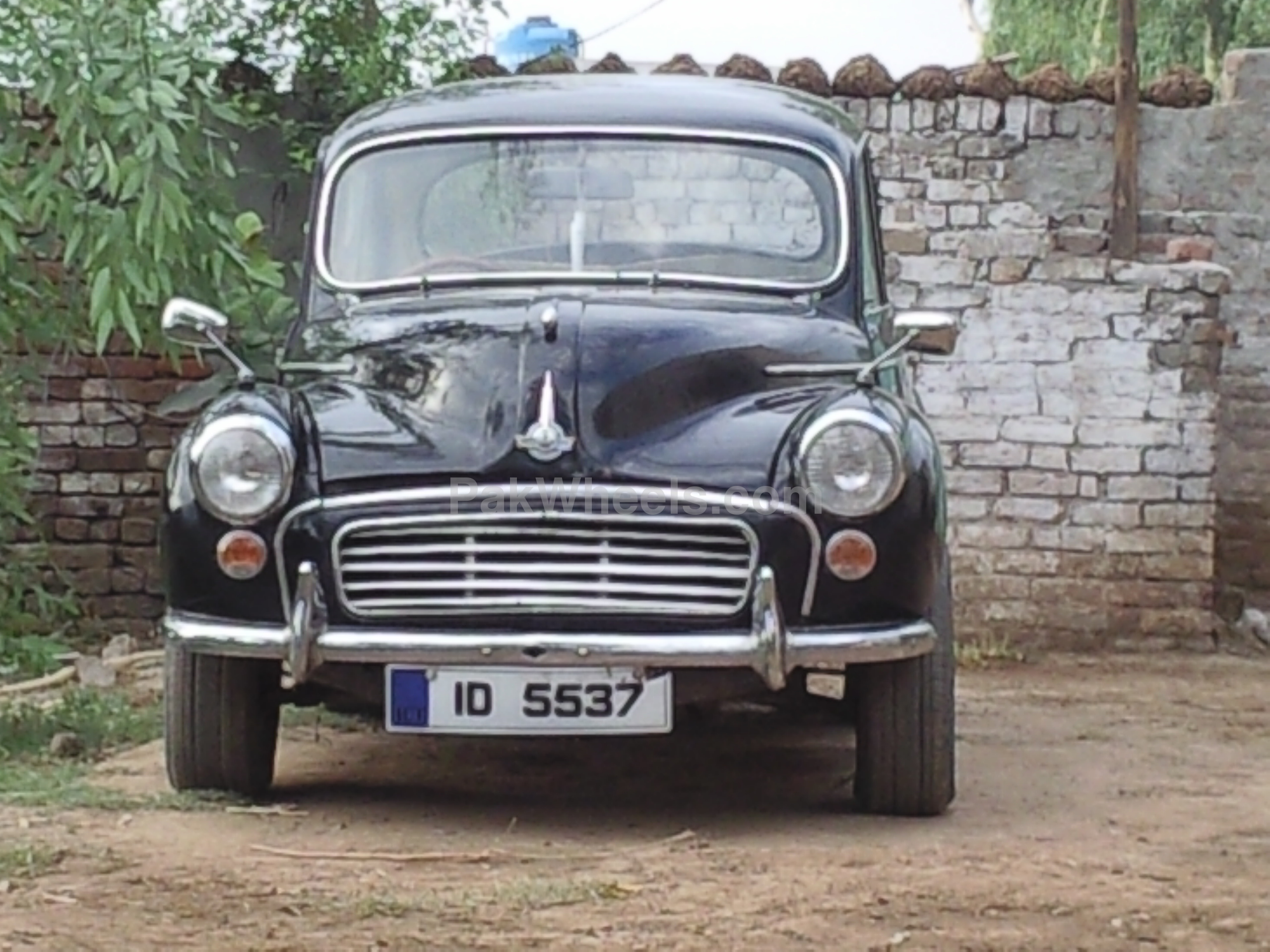 Classic Cars Other - 1954 morris minor Image-1
