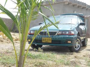 Nissan Sunny - 2000
