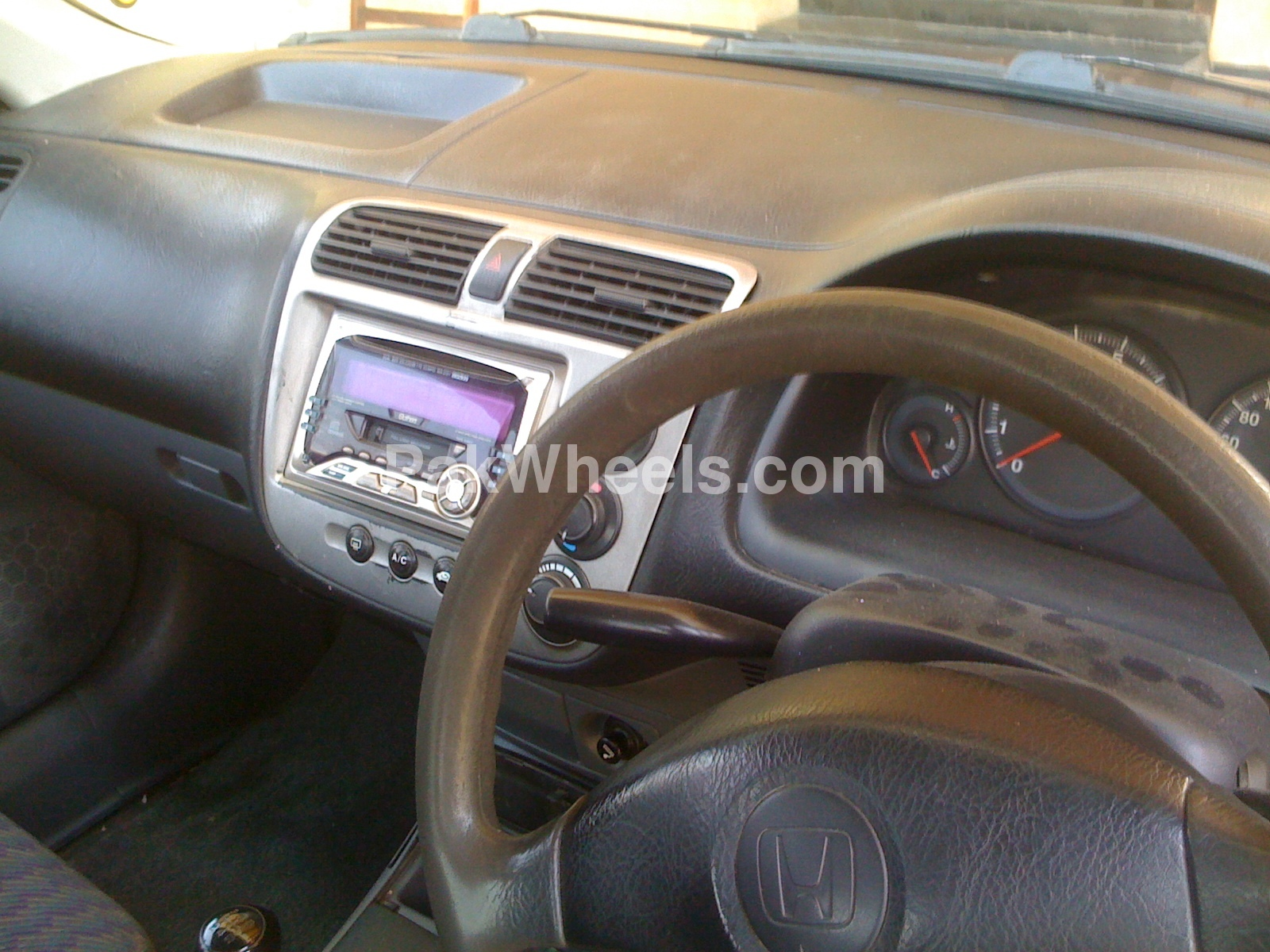 Honda Civic 2002 Image-5