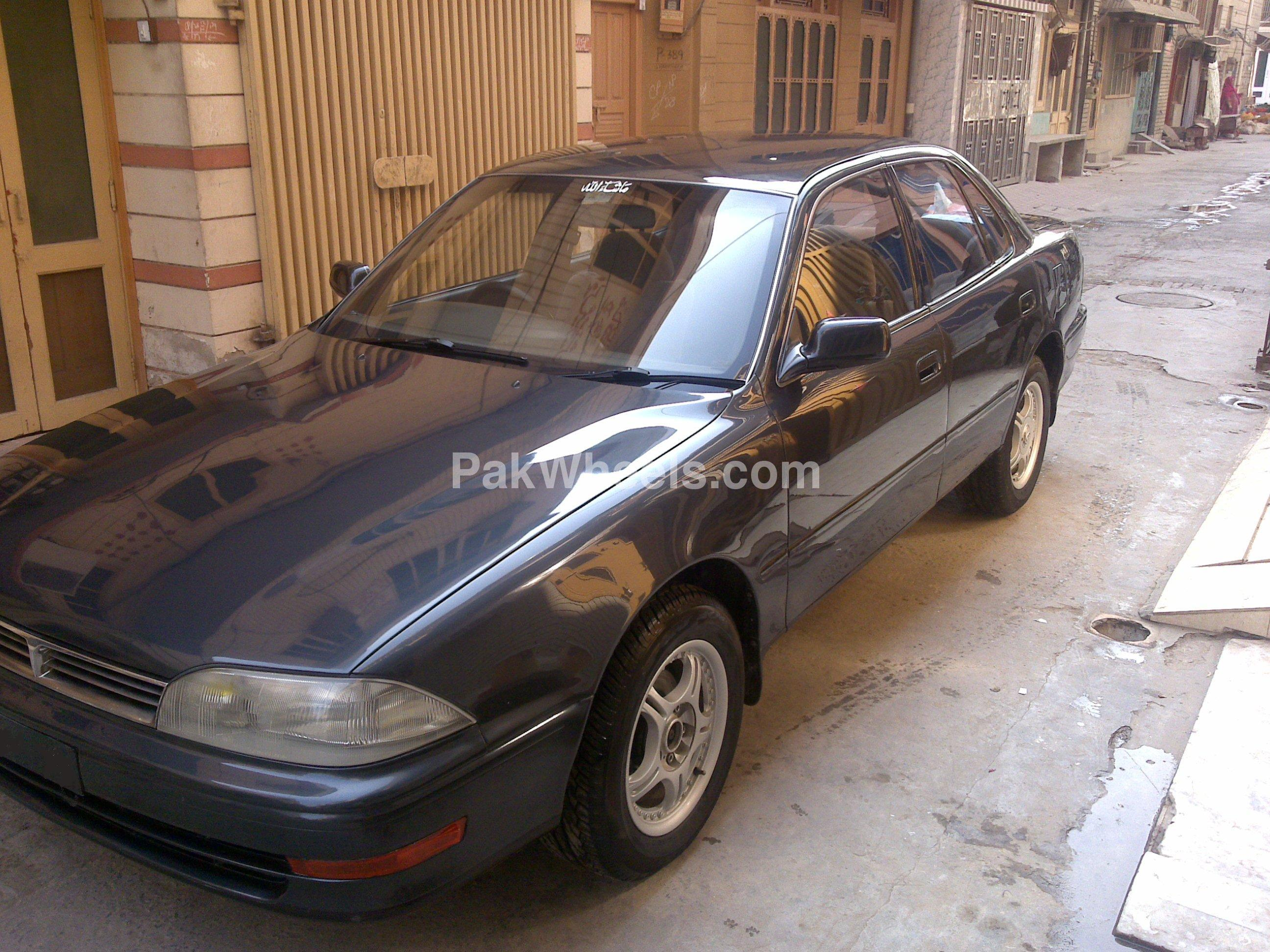 Toyota Camry 1991 Image-4