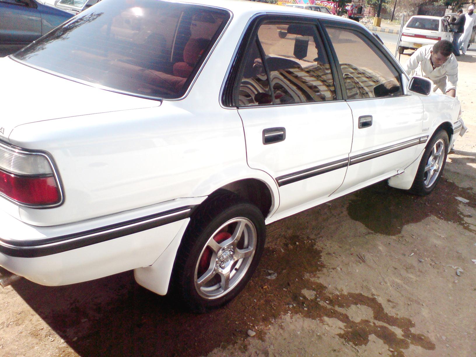 Toyota Corolla - 1991 EE90 Image-1