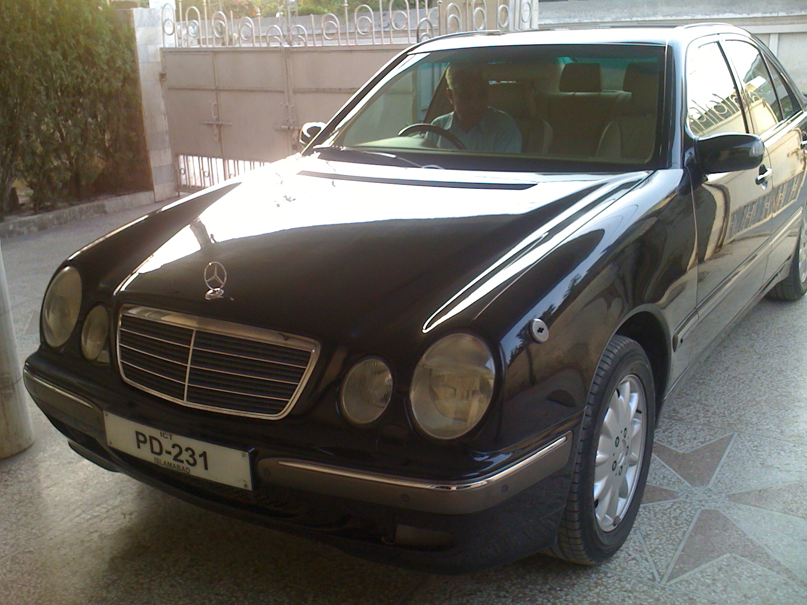 mercedes benz e class 2001 of faisalhanif13 member ride