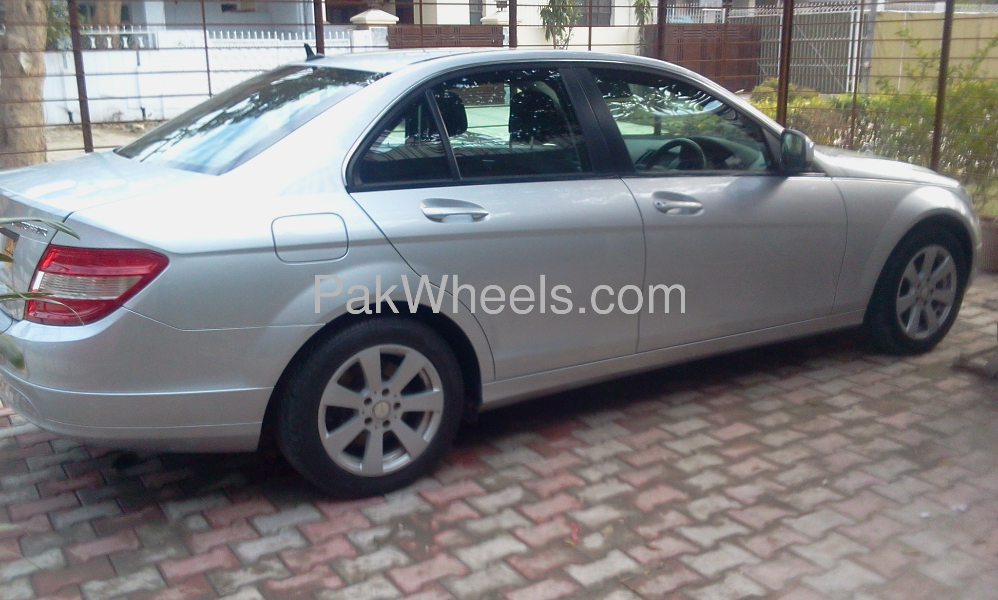 mercedes benz c class c200 2007 for sale in lahore pakwheels. Black Bedroom Furniture Sets. Home Design Ideas