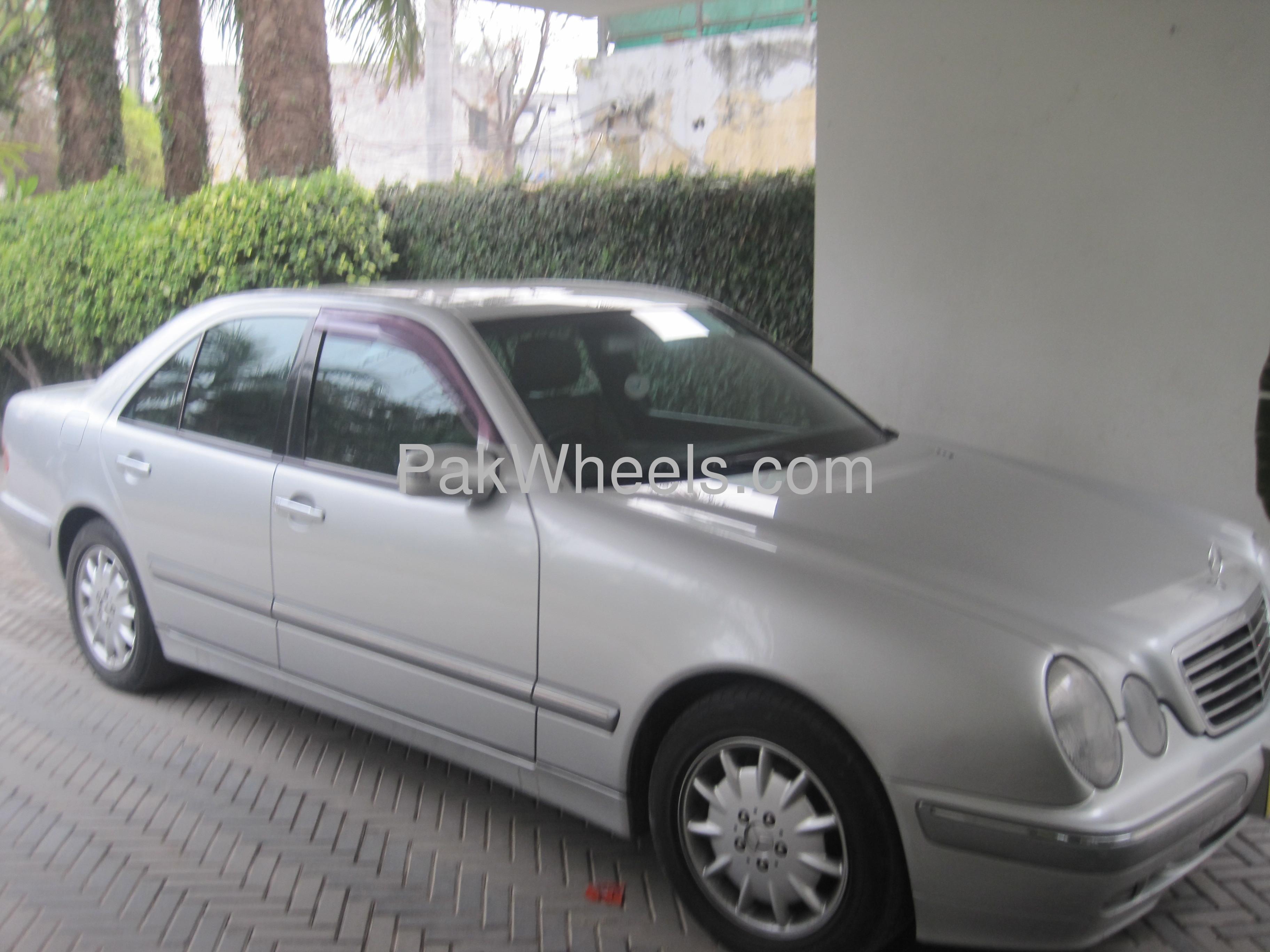 Mercedes benz e class e250 2000 for sale in lahore pakwheels for 2000 mercedes benz e class