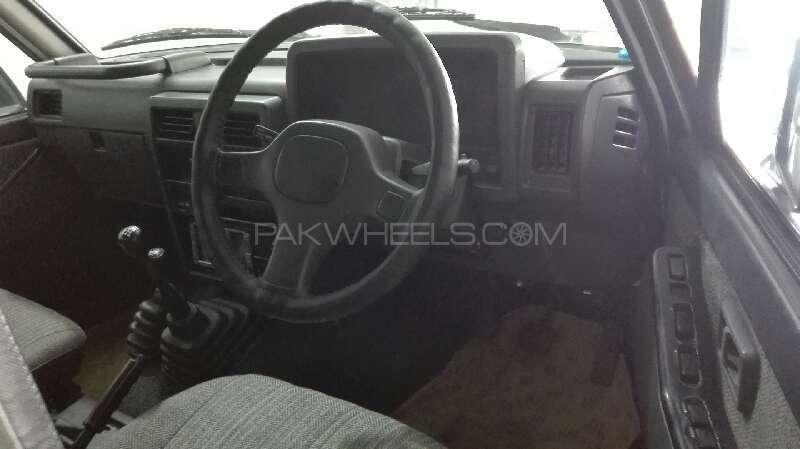 Nissan Patrol 4.2 SGL 1990 Image-4