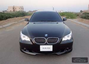 Slide_bmw-5-series-530i-2004-10092743