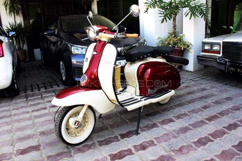 Vespa 150cc 1960 Image-1