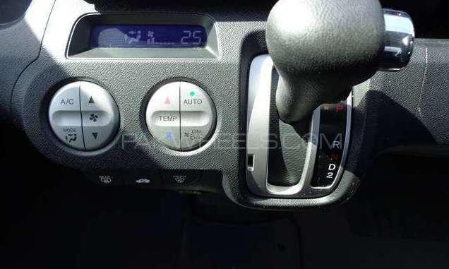 Honda Life Diva 2012 Image-5