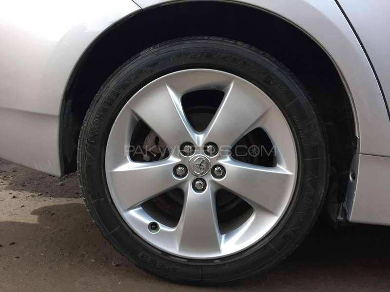 Toyota Prius S 1.8 2011 Image-5