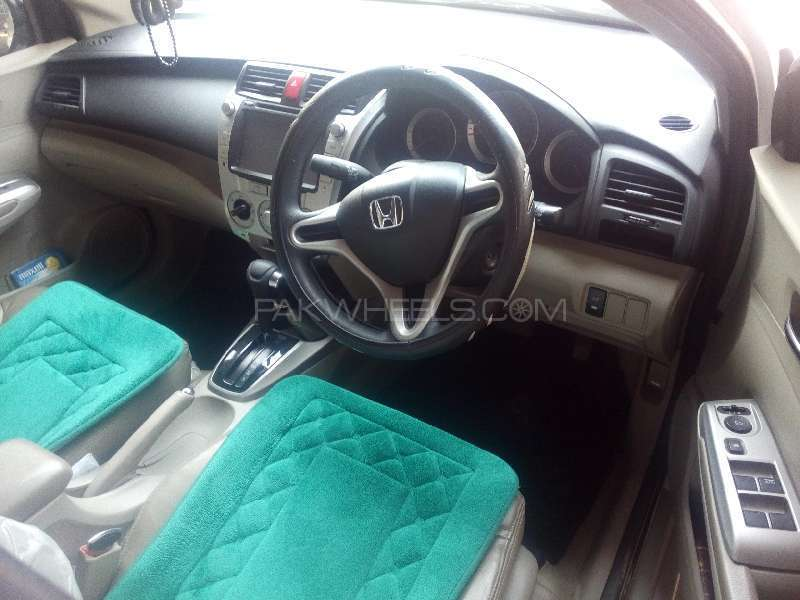 Honda City Aspire 1.5 i-VTEC 2014 Image-3