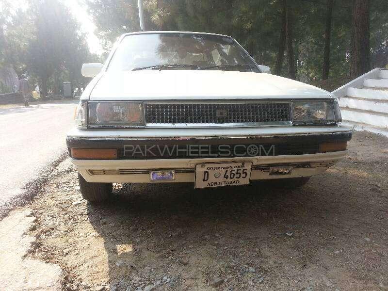 Toyota Corolla DX Saloon 1986 Image-8