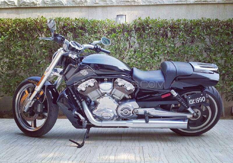 Used Harley Davidson V Rod Muscle Bike For Sale In Karachi
