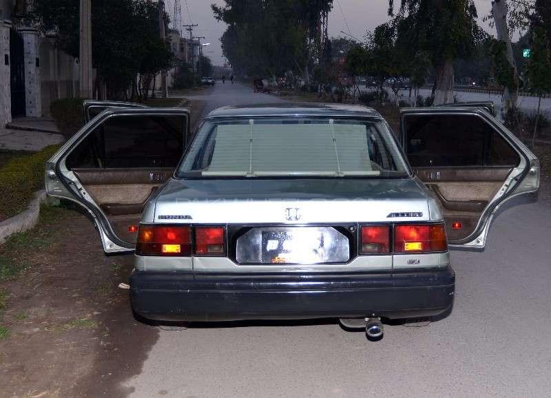 Honda Accord EX 1986 Image-9