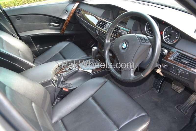 BMW 5 Series 523i 2007 Image-2