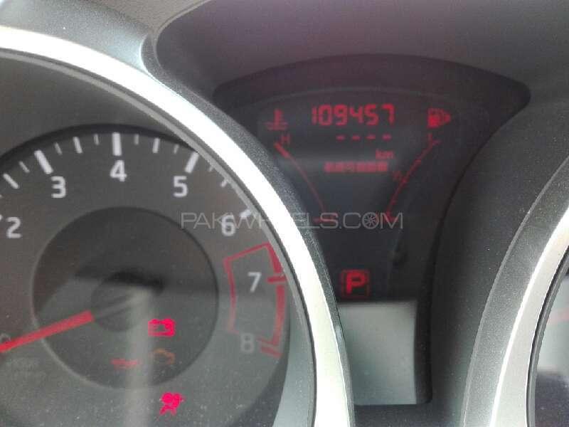 Nissan Juke 2010 Image-4