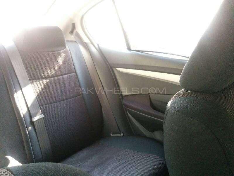 Honda City i-VTEC 2012 Image-4