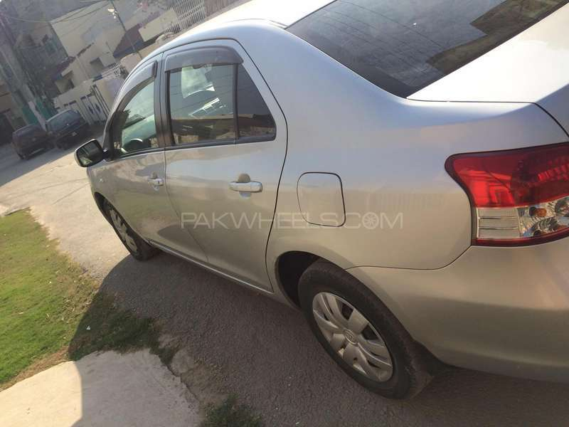 Toyota Belta X L Package 1.3 2006 Image-9