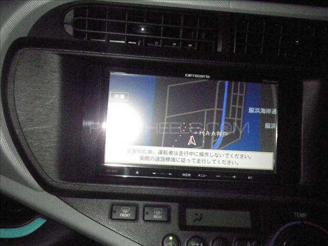 Toyota Aqua S 2012 Image-4