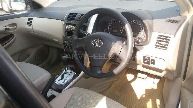 Toyota Corolla GLi Automatic 1.6 VVTi 2014 Image-5