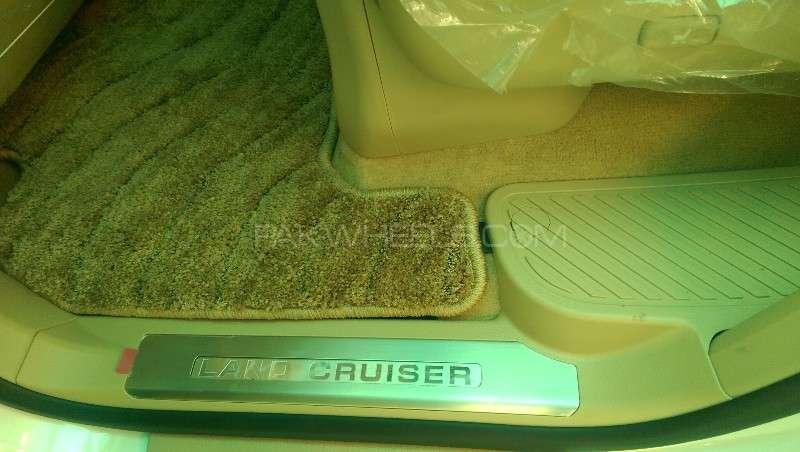 Toyota Land Cruiser ZX 2012 Image-13