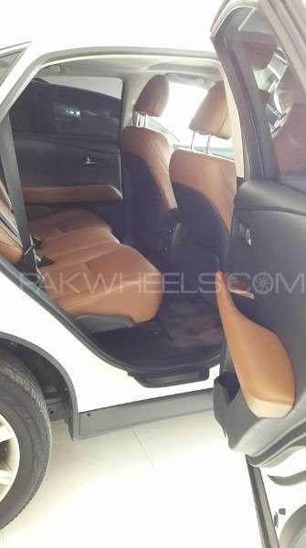 Lexus RX Series 450H 2012 Image-10
