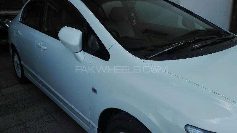 Honda Civic VTi Prosmatec 1.8 i-VTEC 2010 Image-3