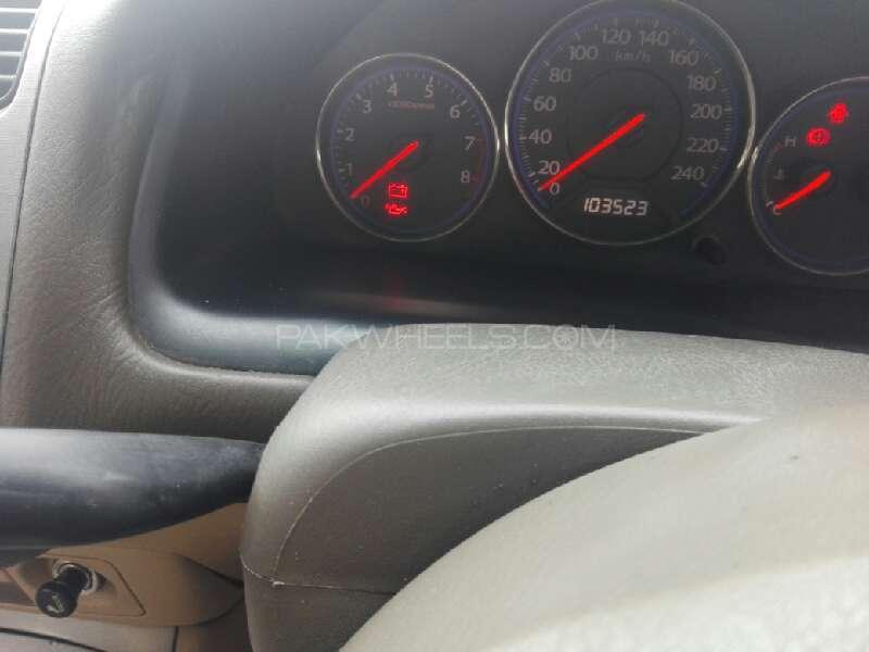 Honda Civic VTi Oriel 1.6 2005 Image-4