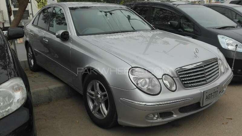 Mercedes Benz E Class E240 2006 Image-4