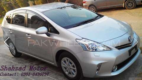 Toyota Prius S Touring Selection 1.8 2012 Image-3