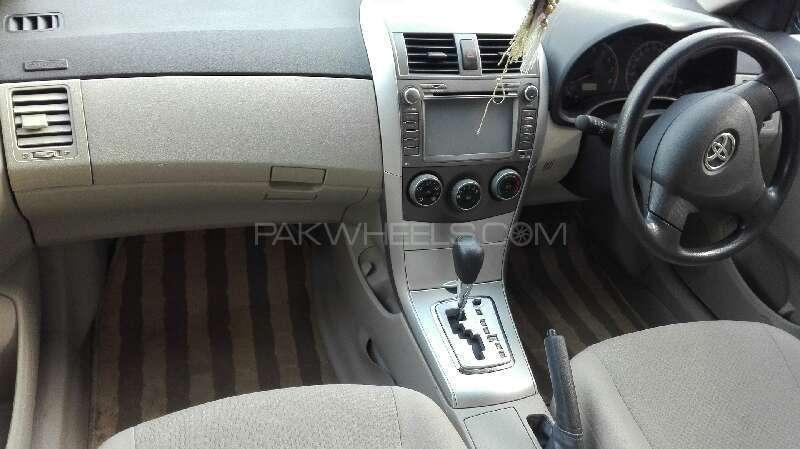 Toyota Corolla GLi Automatic 1.6 VVTi 2011 Image-4