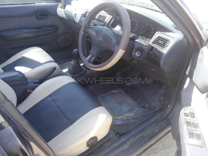 Toyota Corolla XE 1998 Image-3