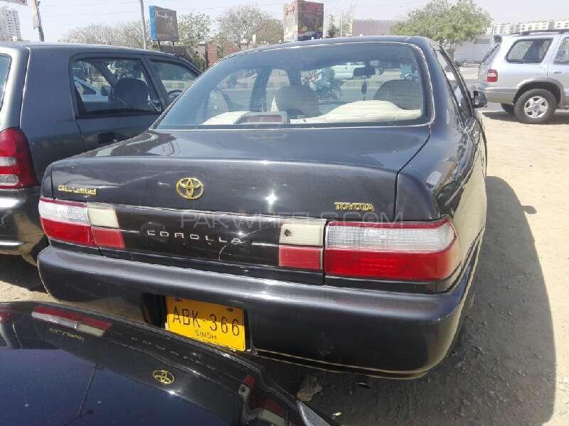 Toyota Corolla XE 1998 Image-6