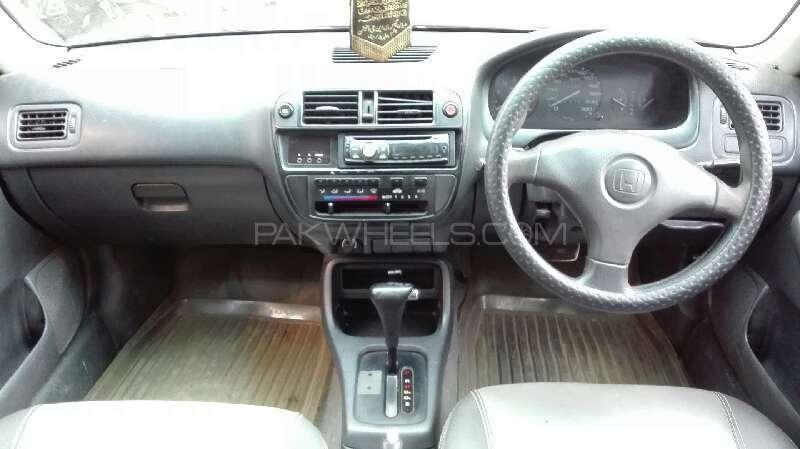 Honda Civic VTi Oriel Automatic 1.6 1999 Image-6