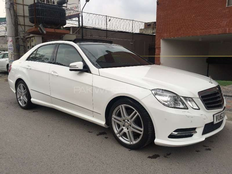 mercedes benz e class e200 2013 for sale in lahore pakwheels. Black Bedroom Furniture Sets. Home Design Ideas