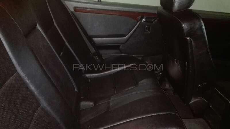 Mercedes Benz C Class C180 1994 Image-5