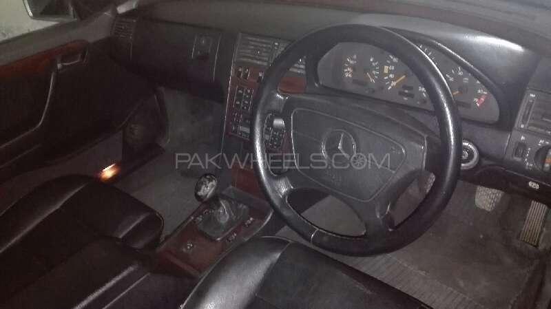 Mercedes Benz C Class C180 1994 Image-7