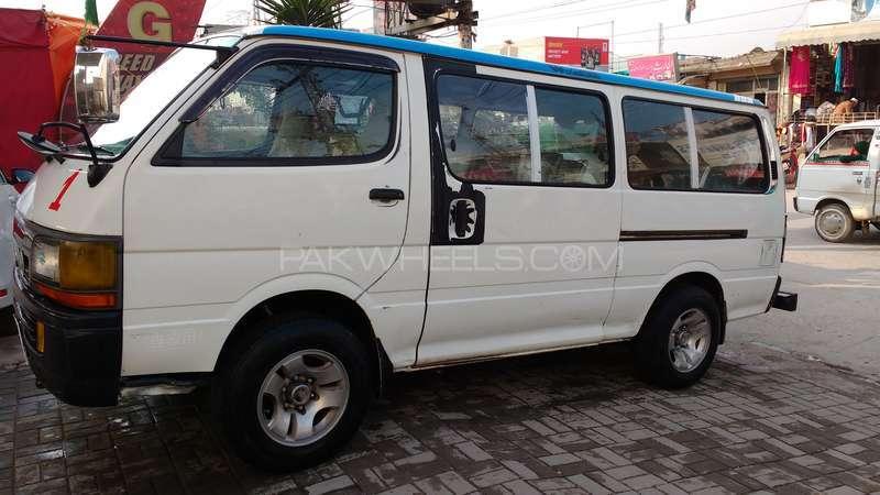 Toyota Hiace 2004 Image-5
