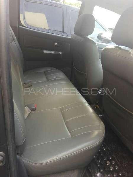 Toyota Hilux Vigo G 2011 Image-6