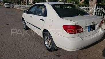 Toyota Corolla GLi 1.3 2004 Image-6