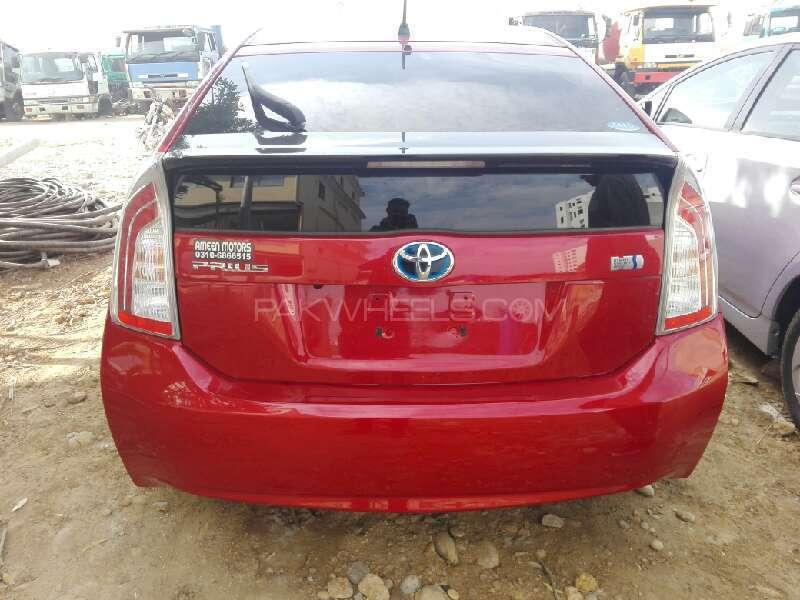 Toyota Prius G 1.8 2012 Image-7