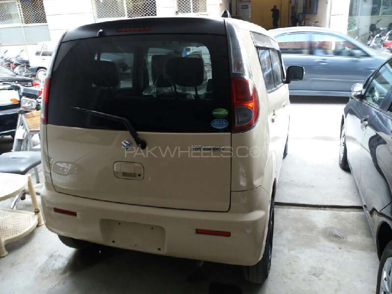 Suzuki MR Wagon X 2012 Image-4