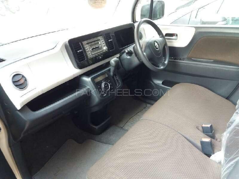 Suzuki MR Wagon X 2012 Image-8